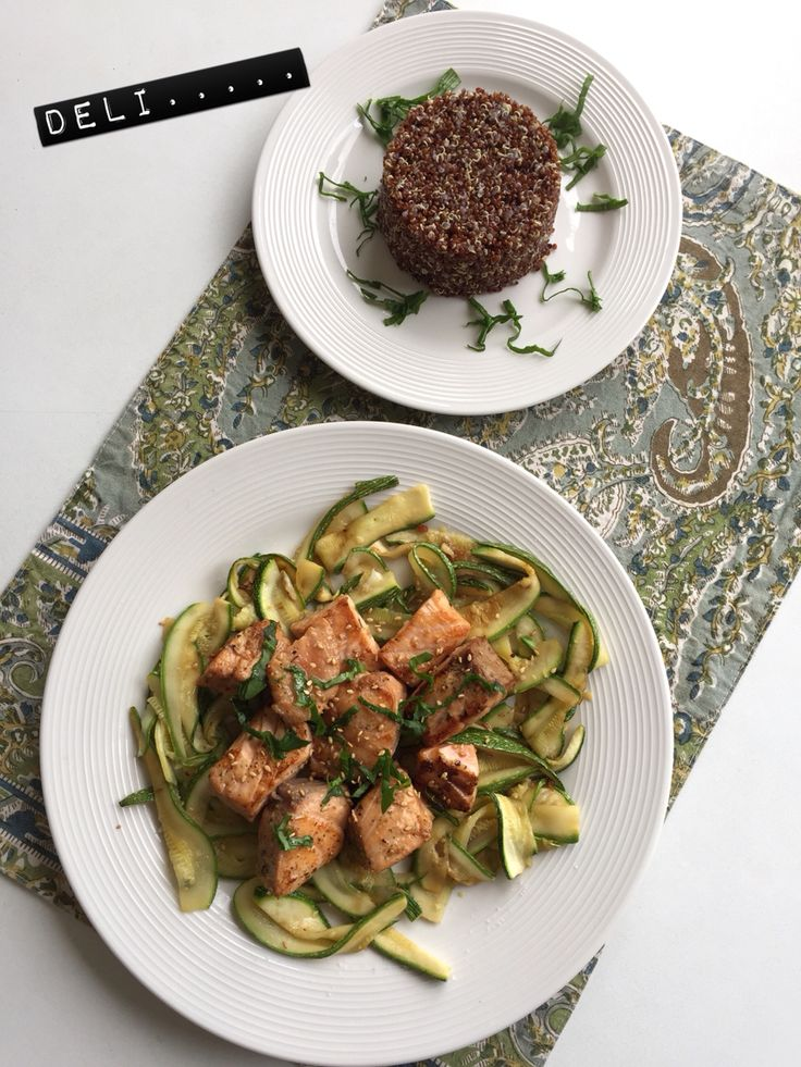 Deli ✔️grilled salmon with zuchinni noodles and red quinoa from Perú