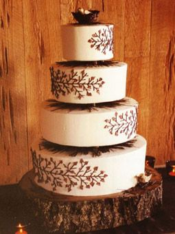 OK, so when I finally do have a Fall wedding, this is so going to be a model for my cake...needs more Autumn colors for me, though....