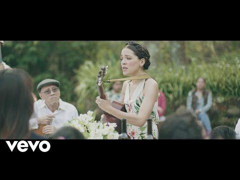 Natalia Lafourcade - Mi Tierra Veracruzana (En Manos de Los Macorinos) - YouTube