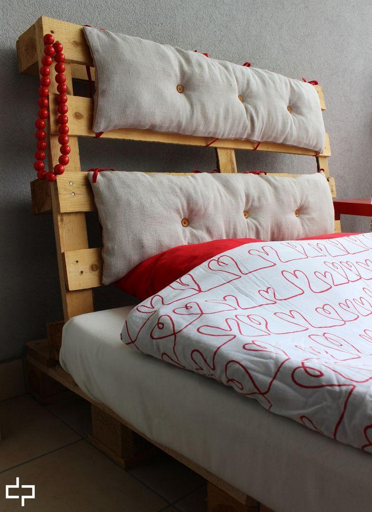 #pikuś #ramałóżka #zagłówek #pallets #bed #len #red #ekodesign #dompalet