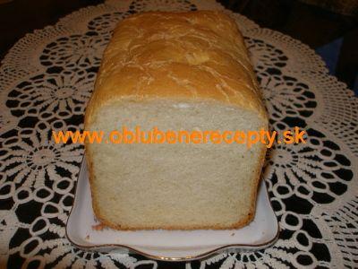 Biely syrových chlebík