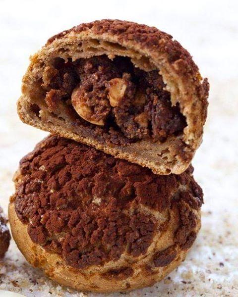 Chou-colat croustillant    #philippeconticini #conticini #pâtisserie #desserts #gateaux #cakes #pastry #chocolate #chocolat #gourmandise #noisette #fleurdesel #chouxpastry #croustillant