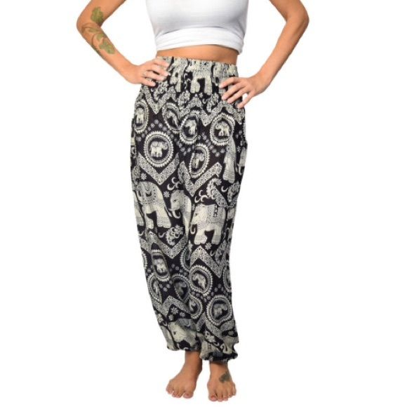 *NEW* The Elephant Pants NEW WITHOUT TAGS. ✨✨ The Elephant Pants. Fits size 0-12. I ordered them online for a friend and ended up getting her something else. I tried them on and they're very comfortable! ✨✨Willing to accept offers!✨✨ (includes sticker from donation to their foundation) The Elephant Pants Pants