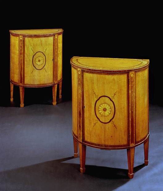 A PAIR OF GEORGE III SATINWOOD AND MARQUETRY COMMODES   English Antique  Furniture   Ronald Phillips. Best 25  English antique furniture ideas on Pinterest   Antique