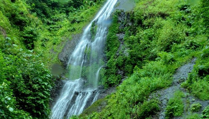 Air Terjun Grenjengan Dowo Wisata ALam Alami di Jawa Tengah - Jawa Tengah
