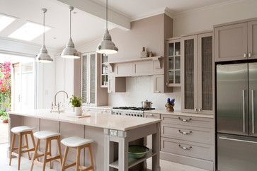 Alfred Street - traditional - kitchen - sydney - Provincial kitchens