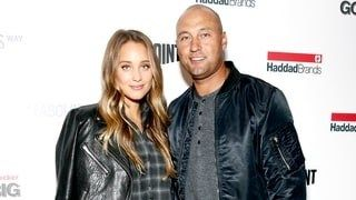 Derek Jeters Wife Hannah Davis Pregnant Couple Expecting First Child Together A Baby Girl