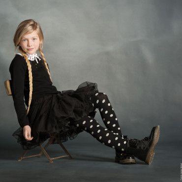 Mode enfant automne-hiver 2013-2014 : les looks très sages de chez Lili Gaufrette : Jupon en tulle de chez Lili Gaufrette - Maman Plurielles... Love the shoes!!!
