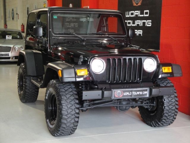 Jeep Wrangler 4.0 Edicion 65 Aniversario Negro-Tapiceria Gris 05-2006