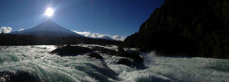 Los Saltos y el volcán Osorno