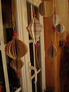 L'Embellie: Faire des boules de Noël en récup