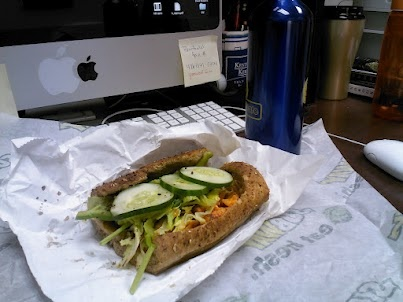 "6-20-12 Today's lunch (430 calories): Subway buffalo chicken 6"" on honey oat with avocado and veggies (no cheese, no sauce) and water."