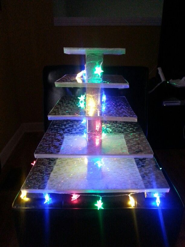 diy lighted wedding cake stand 29 best images about wedding on acrylics 13610