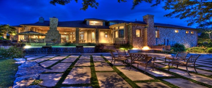 Modern patio cloaked in Texas Style