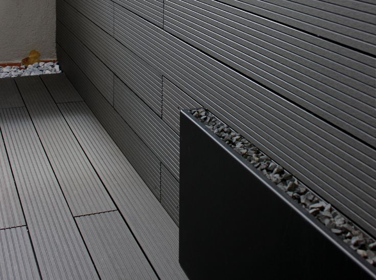 Madera tipo composite en color gris para exterior en for Pisos de madera color gris