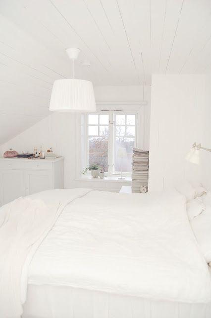 Compleet witte slaapkamer