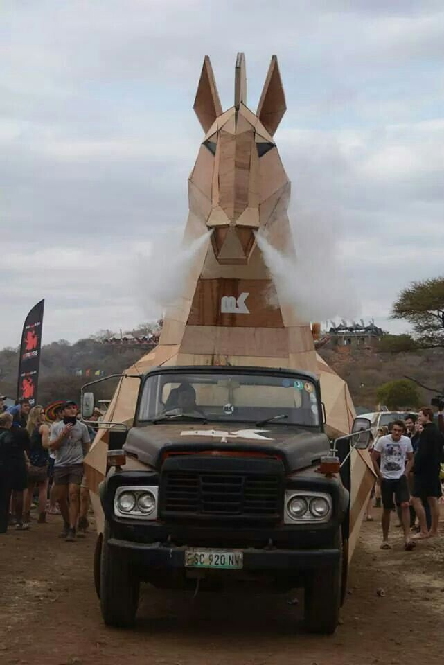 MK Trojan horse - Oppikoppi Odyssey. Credit 3destudios