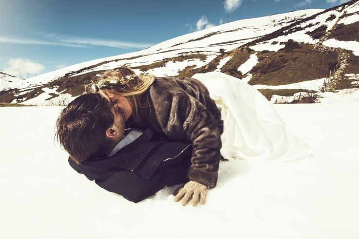 Inma del Valle fotógrafo bodas Mallorca  Fotógrafo de bodas en Mallorca. Fotos bodas Mallorca. Fotos bodas Baleares. Fotografía bodas Mallorca. Fotógrafo profesional bodas Mallorca #boda #bodas #weddings #weddingplaner #luxury #lux #london #newyork #newyorkcity #followme #arts #photo #photographer #mallorca #material #original #jewellery #digital #digitalart #artist #artistic #snow #snowboard #novias #novios #vogue #vogueitalia #vogueparis #mallorca #palmademallorca