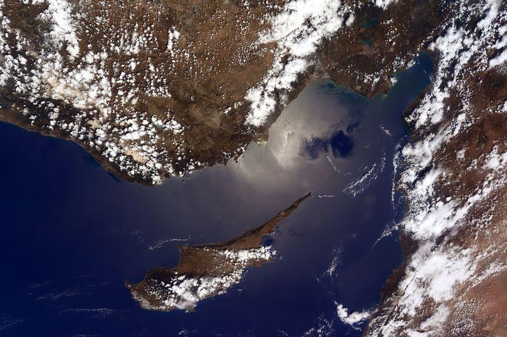 https://flic.kr/p/tLXGbG | Cyprus | Hello Cyprus! And the coastline of Turkey and Syria on the easternmost Mediterranean shores.  Ciao Cipro! E un saluto alle coste della Turchia e della Siria, nelle acque orientali del Mediterraneo.  Credits: ESA/NASA  131K3137