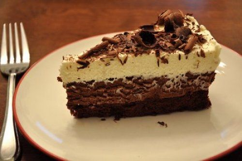 Tarta Tres Chocolates Con Cuajada Te enseñamos a cocinar recetas fáciles cómo la receta de Tarta Tres Chocolates Con Cuajada y muchas otras recetas de cocina..
