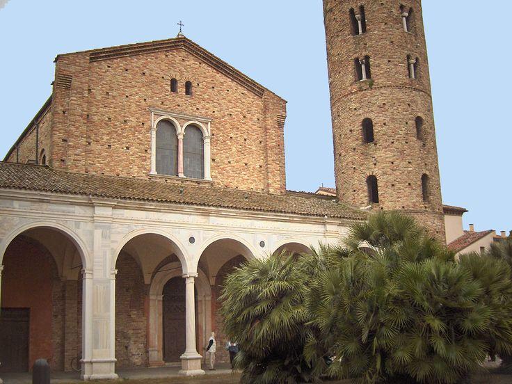 Базилика Сант-Аполлинаре-Нуово в Равенне1