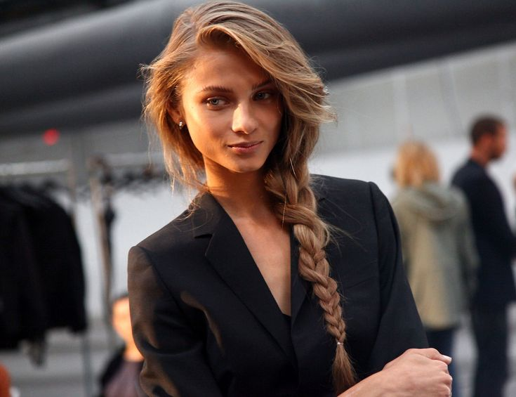 Braid | The Messy Side Braid Trend