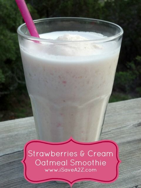 Oatmeal Smoothie recipe made with Strawberries & Cream!  #Smoothie #Oatmeal #Healthy #Breakfast #Fast #Easy