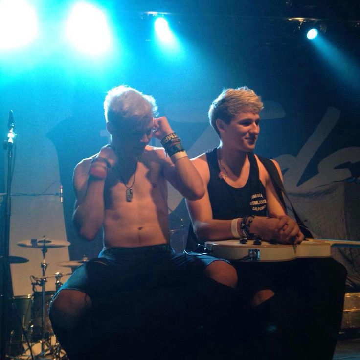 super duper cute as always - Nate and Drew