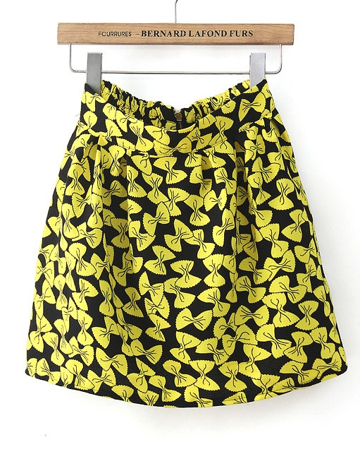 Skirt w/ bows!? Please tell, how can it get any better than that?