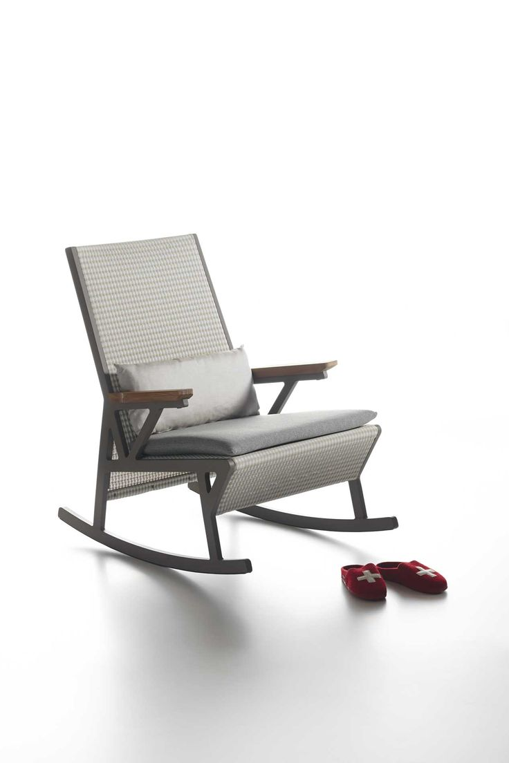 rocking chairs patricia urquiola and chairs on pinterest. Black Bedroom Furniture Sets. Home Design Ideas