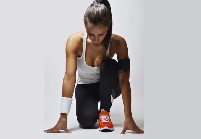 Nemáte moc času a hledáte účinný a efektivní způsob, jak vylepšit kondičku a nastartovat spalování tuku? Vyzkoušejte kruhový trénink, během kterého procvičíte všechny hlavní svalové partie.