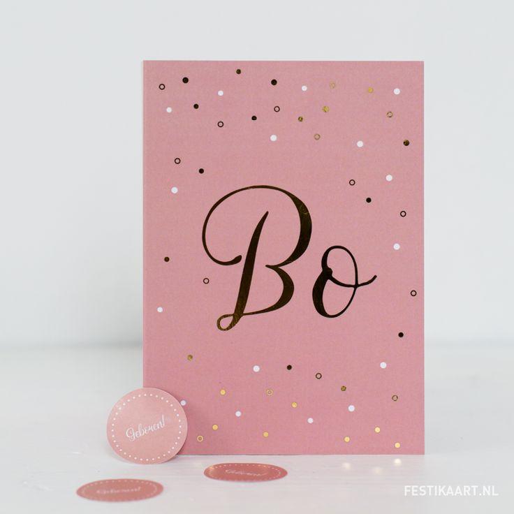 Lief en modern geboortekaartje voor een meisje in het oudroze met goudfolie en stippen. Gedrukt op hagelwit natuurkarton. #festikaart #geboortekaartje #pink #oudroze #geboortekaartjesopmaat #babygirl #geboorte #newborn #stippen #gold #goudfolie