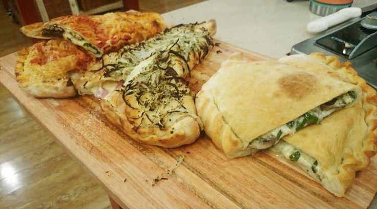 Calzones de hongo y roquefort, de dos quesos, de longaniza y de ricota con vegetales