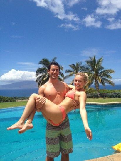 Hayden Panettiere en vacances à Maui avec Scotty McKnight