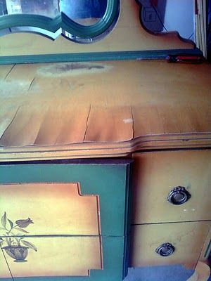 How to fix warped veneer on old furniture. Really good to know!!