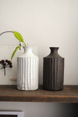 And now I'm in love with these Japanese ceramics, thanks to Ginny Branch's Pinterest feed. #ceramics #japan