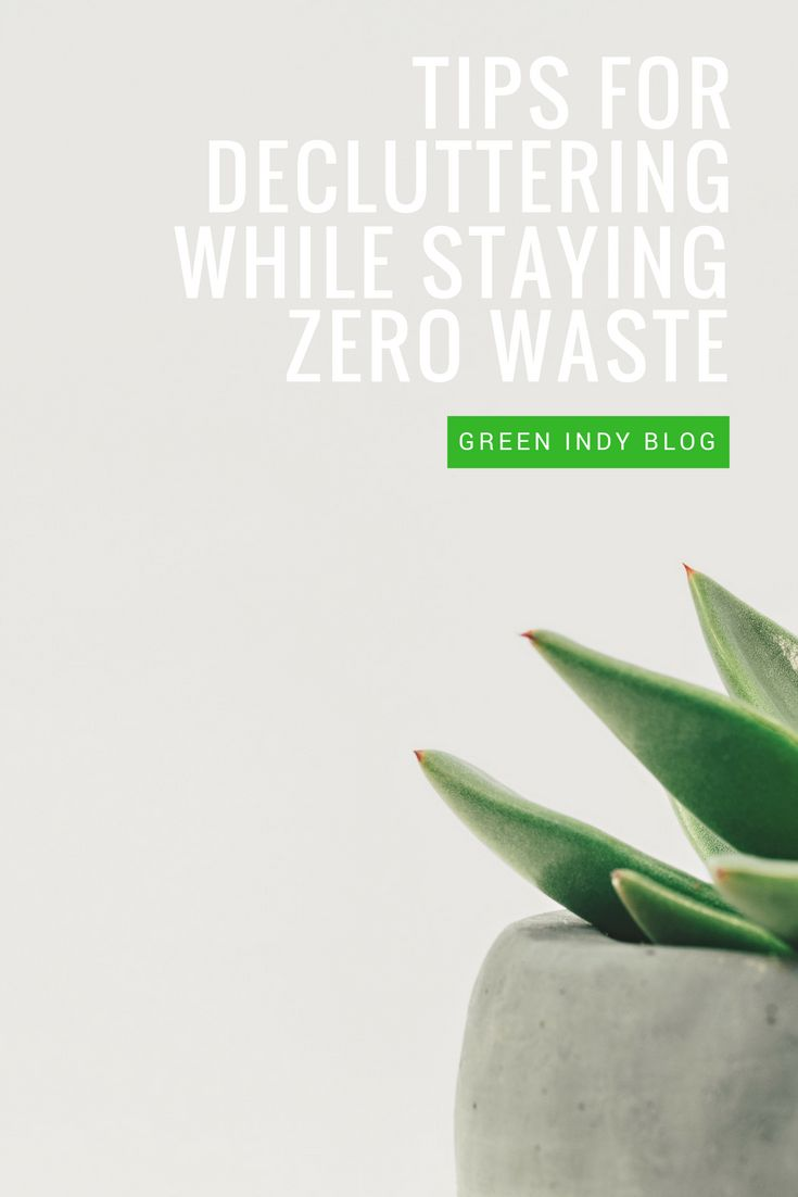 Minimizing doesn't have to mean a frantic purge culminating in an overflowing trash can. Zero waste and decluttering CAN go together - here's how.