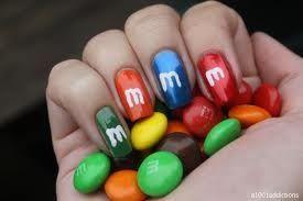 M&M nagels! Mmmm!