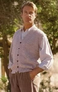 Sirdar 9825 Knit Vest For Men In 4Ply
