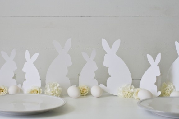 Link to FREE Printable Bunny Rabbit Template to Make White Rabbit Silhouettes with Carnation Cotton Tails Buffet or Table Display.  Can also make Custom Personalized Easter Place Setting Cards & Easter Menu & Centerpiece.