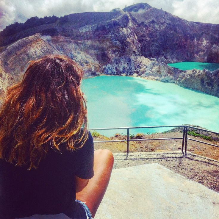 #kelimutulake #travel #naturephotography #inspiretravelindonesia #volcano #trekking #3colorlake #adventure #flores #landscape #indonesia #holiday #wonderfulindonesia #photography