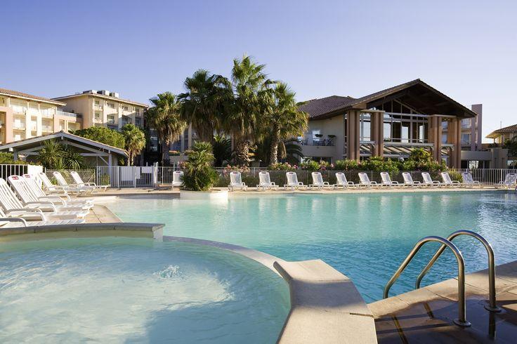 The swimming-pool @ Mercure Thalassa Port Fréjus #CoteDAzur #France