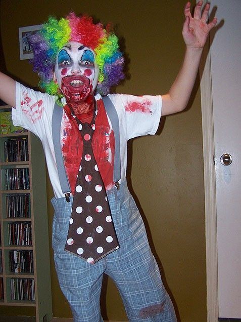 Easy Last Minute Diabolical Clown Costume For A Tween Costumes And