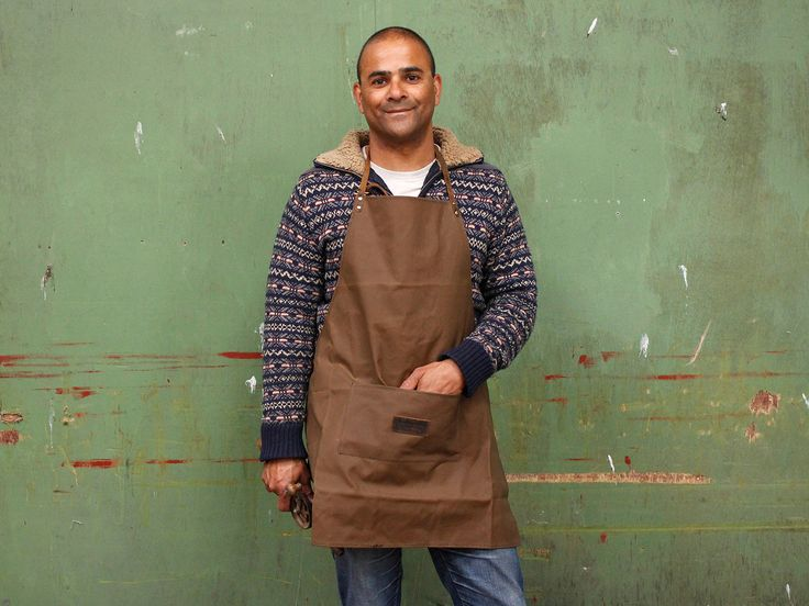 Canvas Work Apron - for artists, crafts people, worker and more!  Originally designed by Scaramanga