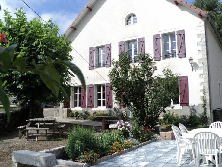 Location Vacances Gîtes de France - L'embellie parmi 55000 Gîte en Jura, Franche Comté INGEN pool, 12 t 31 min 1.319 km11 t 43 min uden trafik ·små dkr 10000