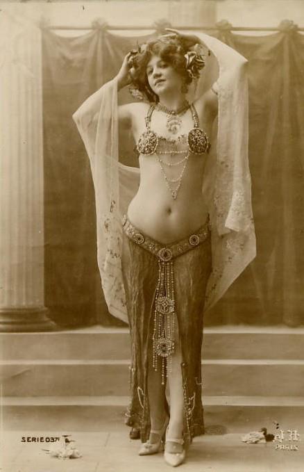 Bailarina Belly dance de  la Belle Epoque.