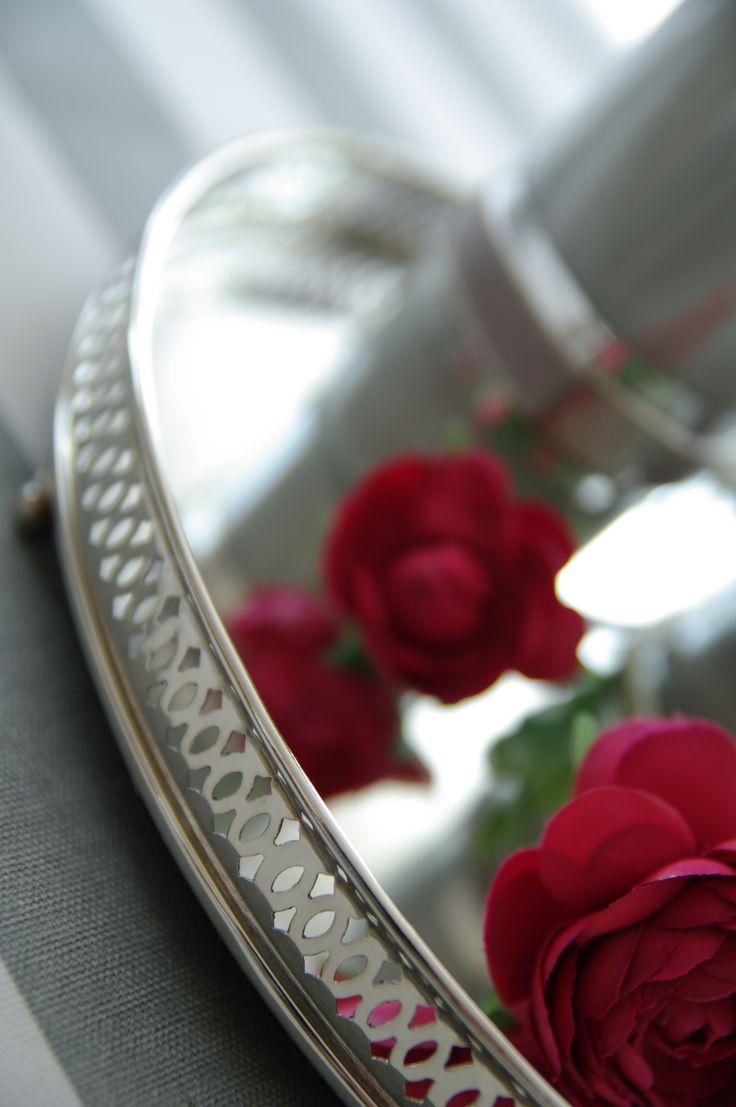 Nasza taca lustrzana Mirror: http://www.hamptons.pl/produkty/taca-lustrzana/3668/