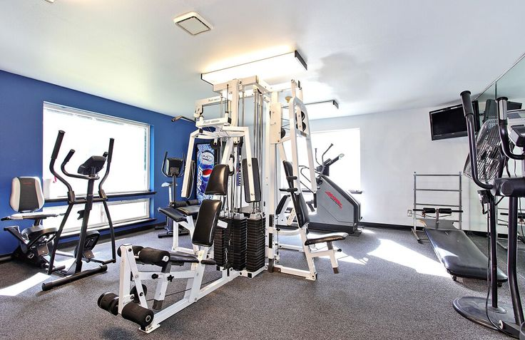 Come pump some iron in our fitness center! Just one of the many amenities we have to offer at #TheDiplomat #Apartments in #Washington