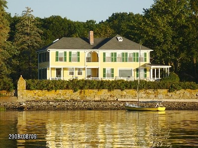 Kennebunkport house rental  :    Maine, here we come :)
