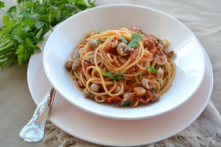Spaghetti con lumachine di mare